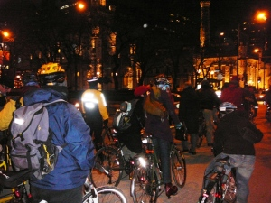 Chicago Bike Cop - in the yellow and black