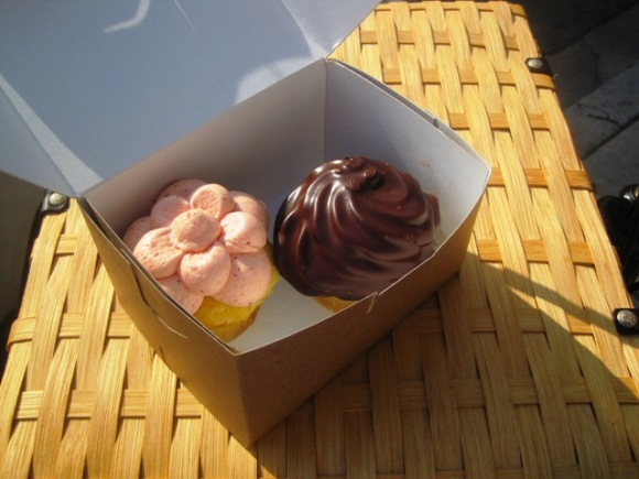 Oma loves cupcakes