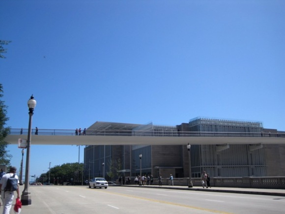 Pedestrian Bridge to Art Museum