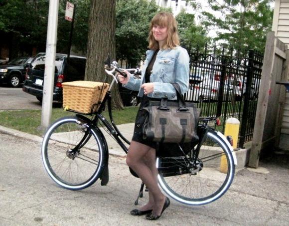 Fall cycling: light jacket and tights