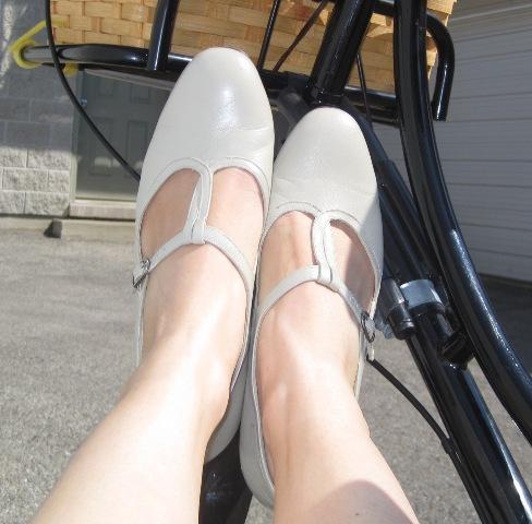 9-3 shoes