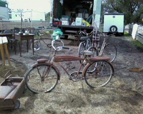 Poor old bikes wait in the mud